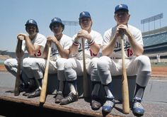 Joe Ferguson Davey Lopes Ron Cey and Bill Russell of the Los Angeles Dodgers pose on the dugout steps prior to a MLB game in July 1973 in Los Angeles, California Dodgers Fan, Dodgers Baseball, Dodgers History, Yankee Stadium, Stadium Tour, Baseball Scores, Mlb Games, Dodger Blue, Go Blue