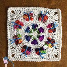 Free crochet pattern: Butterfly Blossom Garden Square by Dearest Debi Crochet Square Pattern, Crochet Butterfly Pattern, Crochet Squares Afghan, Crochet Motif Patterns, Crochet Blocks, Square Patterns, Granny Squares, Crochet Crafts, Crochet Yarn