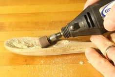 Using a Dremel to sand the bowl of the wooden spoon. Using a Dremel to sand the bowl of the wooden spoon. The post Using a Dremel to sand the bowl of the wooden spoon. Wooden Spoon Carving, Dremel Wood Carving, Carved Spoons, Wood Spoon, Dremel Tool Projects, Wood Projects, Dremel Ideas, Wooden Crafts, Wooden Diy
