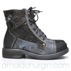Arnold Churgin Jorga #boots #fall #styleblogger #canadafashion #fashionblogger #flats Hiking Boots, Ankle Boots, Flats, Closet, Beautiful, Shoes, Fashion, Ankle Booties, Loafers & Slip Ons