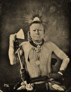 Sauk and Fox Chief Longhorn 1847 Daguerrotype Native American Actors, Native American Print, Native American Images, Native American Beauty, Native American History, Native American Indians, Trail Of Tears, Indian Pictures, Indian Heritage