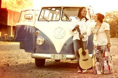 a hippie engagement Illusions, Wedding Inspiration, Hipster, Engagement, Collection, Style, Fashion, Swag, Moda