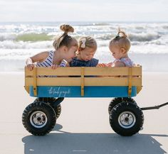 Beach Cart Wagon - The Beach People Cottages By The Sea, Beach Cottages, Baby Am Strand, Beach Wagon, Beach Cart, The Beach People, She Wolf, Radio Flyer, Beach Essentials