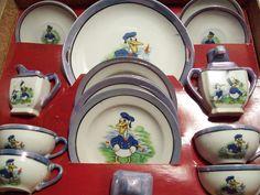 1930's Donald Duck Children's Tea Set.