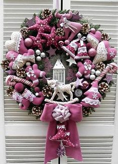 If you just go to internet and start looking for DIY Christmas wreaths you will find a lot more new ideas hitting the internet. Homemade Christmas Wreaths, Christmas Advent Wreath, Christmas Decorations For The Home, Xmas Wreaths, Pink Christmas, Xmas Decorations, Christmas Crafts, Holiday Decor, Diy Wreath