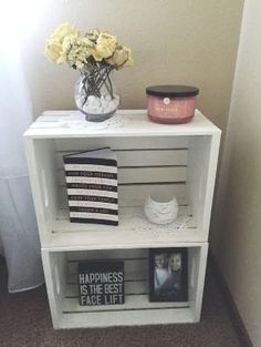 Wood crate nightstand, country style, white washed, end tables, College dorm room end tables - Wood Crates Shipping Crate Nightstand, Nightstand Ideas, Rustic Nightstand, Bedside Table Ideas Diy, Cheap Nightstand, Diy Bett, Wood Crates, Milk Crates, Wood Crate Diy