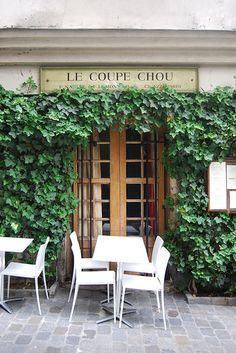 Le Coupe Chou, charming restaurant in the Latin Quarter, Paris Paris Love, Paris Paris, Paris City, Love Cafe, Shop Facade, Parisian Cafe, Latin Quarter, Cafe Bistro, Paris Restaurants