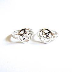 Image of Pentagram Midi Ring