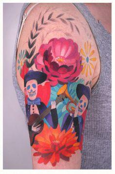 Alltså, tatueringar kanske inte riktigt är min grej MEN fint var det tycker jag, att inte ha konturer på målningen. Blev liskom lite kurbits:igt. (men minus döskallar om jag får önska)