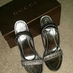 Gucci heels Sand pelle s. Comma sasso Nappa silk  Gucci heels in a brownish/dark tan color. Gucci Shoes Heels