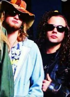 Layne Staley, Alice In Chains, Film Music Books, Most Beautiful Man, Music Is Life, Mens Sunglasses, My Love, Board, My Boo