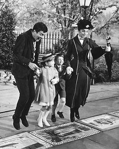 Details about Julie Andrews Dick Van Dyke & children jumping Mary Poppins Poster - Favorite Films - Chalk Art Mary Poppins 1964, Julie Andrews Mary Poppins, Mary Poppins Movie, My Fair Lady, Old Movies, Great Movies, Disney Love, Disney Magic, Entertainment