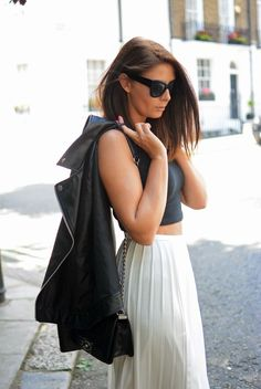 The lovely EJSTYLE working all #mono look with our #riverisland pleat skirt