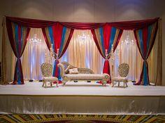 Pakistani Wedding Decor, Wedding Mandap, Indian Wedding Decorations, Wedding Venues, Wedding Stage Design, Wedding Designs, Mandap Design, Exotic Wedding, Mehndi Decor