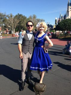 Dapper Day 2014 at Magic Kingdom + People Showing their Disney Side! Dapper Day Disneyland, Disney Dapper Day, Disney Bound Outfits, Disney Dresses, Theme Park Outfits, Dapper Day Outfits, Disney Queens, 1950s Outfits, Lingerie Party