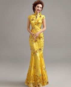 Elegant Yellow Mermaid Chinese Evening Dress with Floral Appliques - iDreamMart.com
