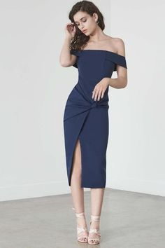 Discover the drop straps and sculptural details of the Lavish Alice Knot-Front Bardot Dress in Navy. Olive Green Dresses, Blue Dresses, Short Dresses, Fashion Moda, Girl Fashion, Fashion Outfits, Lavish Alice Dress, Blue Lace Midi Dress, Bardot Midi Dress