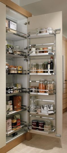 Top 10 The Best Kitchen Storage Ideas : Top 10 The Best Kitchen Storage Ideas – Huge Storage with pull-out tandem larder Modern Kitchen Cabinets, Kitchen Pantry, Kitchen Furniture, New Kitchen, Kitchen Cupboard Storage, Cupboard Ideas, Corner Cupboard, Kitchen Towels, Kitchen Room Design