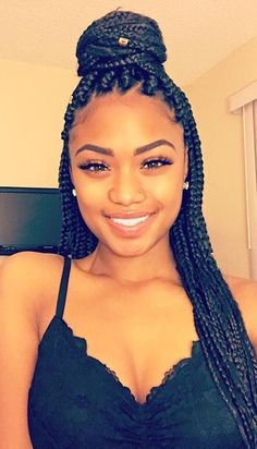Braids are among the ruling hairstyles in the world. You can talk about hairstyles without mentioning braids. These braided hairstyles are really beautiful and alluring. Box Braids Hairstyles, Pretty Hairstyles, Girl Hairstyles, Black Girl Braids, Girls Braids, Tresses Box Braids, Curly Hair Styles, Natural Hair Styles, Box Braids Styling