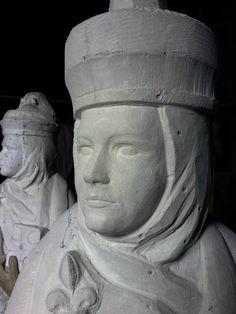 Fulbert DUBOIS sculpteur Tours 37 - Sainte Radegonde sculpture en pierre calcaire