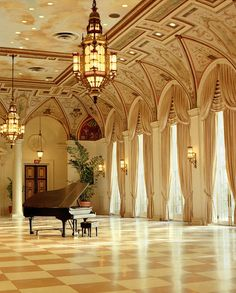 ~Grand Mansions, Castles, Dream Homes & Luxury Homes A Grand Piano Beautiful Architecture, Interior Architecture, Future House, My House, Sala Grande, Ballrooms, Luxury Homes, Beautiful Places, Grand Pianos