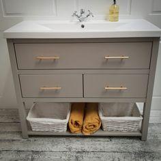 Bathroom Vanity Unit (200 of 207)