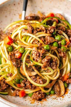 Keto ground beef and noodle recipe Easy keto ground beef recipe with zucchini noodles, inspired by beef stroganoff. This Paleo Keto ground beef dish is easy, affordable, and loaded with flavor! Low Carb Noodles, Beef And Noodles, Zucchini Noodles, Ground Beef Dishes, Ground Beef Recipes Easy, Healthy Eating Tips, Healthy Recipes, Healthy Foods, Keto Recipes