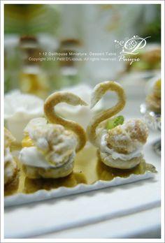 Petit D' Licious: Dessert Table