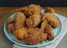 Big Mama's Fried Chicken chicken pieces 3 large eggs, beaten 2 teaspoons hot sauce 1 teaspoon Worcestershire 2 cups all-purpo. Appetizer Recipes, Appetizers, Dinner Recipes, Fried Chicken Recipes, Golden Bird Fried Chicken Recipe, Those Recipe, Food 52, Dessert, So Little Time