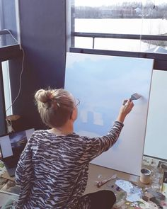 "64 tykkäystä, 1 kommenttia - Jenni Tuulia (@jennituuliaart) Instagramissa: ""I had the BEST time in my balcony studio today! It was sunny, warm, I could see the lake (while…"" My Art Studio, Jenni, Balcony, Sunnies, Warm, Creative, Sunglasses, Balconies, Shades"