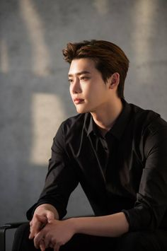 #LeeJongSuk as Model of Cosmetic Brand SU:M37° [2018.03.30 #StarCast PHOTO REPORT] http://m.entertain.naver.com/read?oid=420&aid=0000015478