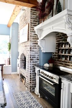 Step inside this elaborate farmhouse that is the perfect mix of elegance and rustic Home Decor Kitchen, House Design, House, Lake House Kitchen, Farmhouse Decor, Home, Interior Design Kitchen, House Rooms, Country Farmhouse Decor