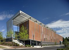 Biomanufacturing Research Institute and Technology Enterprise (BRITE) Facility / The Freelon Group Architects