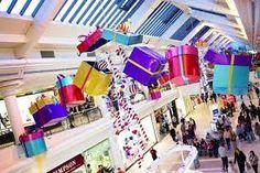 shopping centre christmas decorations - Buscar con Google