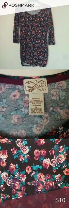 Long flowered pattern top Beautiful colorful flower patterned top gently worn in great condition! From smoke free and pet free home! eyelash couture Tops