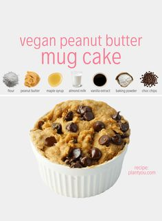 A healthy and delicious vegan peanut butter and chocolate vegan mug cake ready in just five minutes using six simple ingredients! Quick Vegan Desserts, Vegan Dessert Recipes, Easy Cake Recipes, Whole Food Recipes, Snack Recipes, Healthy Mug Recipes, Vegan Mug Cakes, Mug Cake Healthy, Cake Vegan