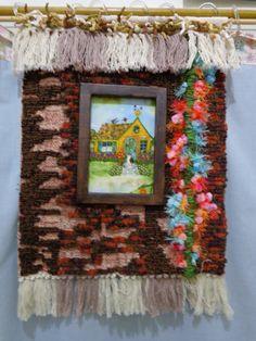 Painel em tapeçaria de algodão, bordado com técnicaLocker Hook, decopagem de tecido, lãs, linhas, bordados, miçangas.