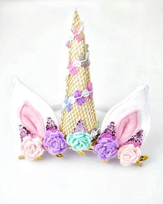 unicorn horn - unicorn headband - unicorn horn headband - unicorn baby bow - unicorn baby prop - unicorn flower crown - unicorn birthday headband - unicorn bday crown - Little Nest Market 2 Birthday, Unicorn Birthday Parties, Unicorn Party, Unicorn Halloween Costume, Halloween 2017, Halloween Costumes, Felt Roses, Felt Flowers, Unicorn Horn Headband
