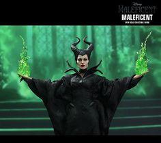 Angelina Jolie como a Bruxa Malévola – Action Figure Perfeita Hot Toys « Blog de Brinquedo