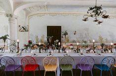 #wedding #sangalganowedding #bride #sangalganoabbey #bryllup #weddingitaly #weddingtuscany #destinationwedding #weddingideas #bouquet #brudebukett #bryllupiitalia #blomster #bryllupsinspirasjon #bryllupsdag #bryllupsfoto #bröllop#blikkfangerne #olivedecoration #oliverunner #bryllupsinspirasjon #bryllupsdag #bryllupsfoto #bryllupsfest #vielse #weddingceremony Wedding Dinner, Wedding Events, Weddings, Wedding Decorations, Table Decorations, Destination Wedding, Lights, Wedding Dresses, Places