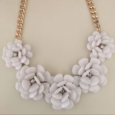 White flower statement necklace Never worn Walmart Jewelry Necklaces