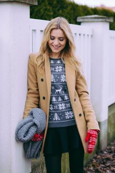 LOOK OF THE DAY � those ugly christmas sweaters�