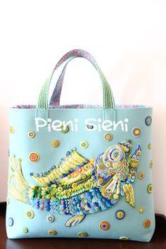 fish felt bag by PieniSieni