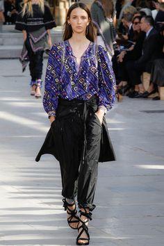 Isabel Marant Spring 2016 Ready-to-Wear Fashion Show - Waleska Gorczevski (OUI)