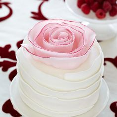Vanilla Cake with Strawberries