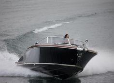External view Riva Yacht - Aquariva Super  #yacht #luxury #ferretti #riva
