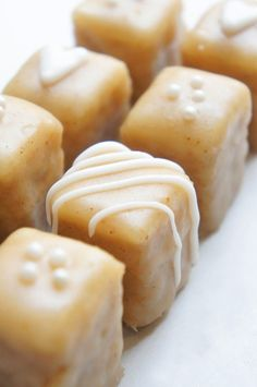 Perfect Christmas recipe- gingerbread petits fours. My mama often would surprise us with petits fours when we were little. Mini Desserts, Just Desserts, Dessert Recipes, Tea Party Desserts, Tea Recipes, Cupcakes, Cupcake Cakes, Fudge, Holiday Baking