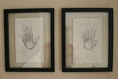 Trace their hand on their birthday every year on the same paper. I love this idea. I like it better than the height marks on the wall just in case we move someday. Projects For Kids, Crafts For Kids, Diy Crafts, For Elise, Little Doll, Making Memories, Baby Love, Cute Kids, Making Ideas