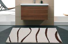Eleganter Acryl - Badteppich auf Maß.  Teppich mit Kombination von Kurzflor und Schlinge. Ob 2-farbig oder uni aus über 96 Farben wählbar.