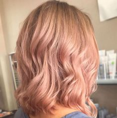 <p>El 'Rose Gold Blonde' sustituye al 'Desert Rose'.</p>